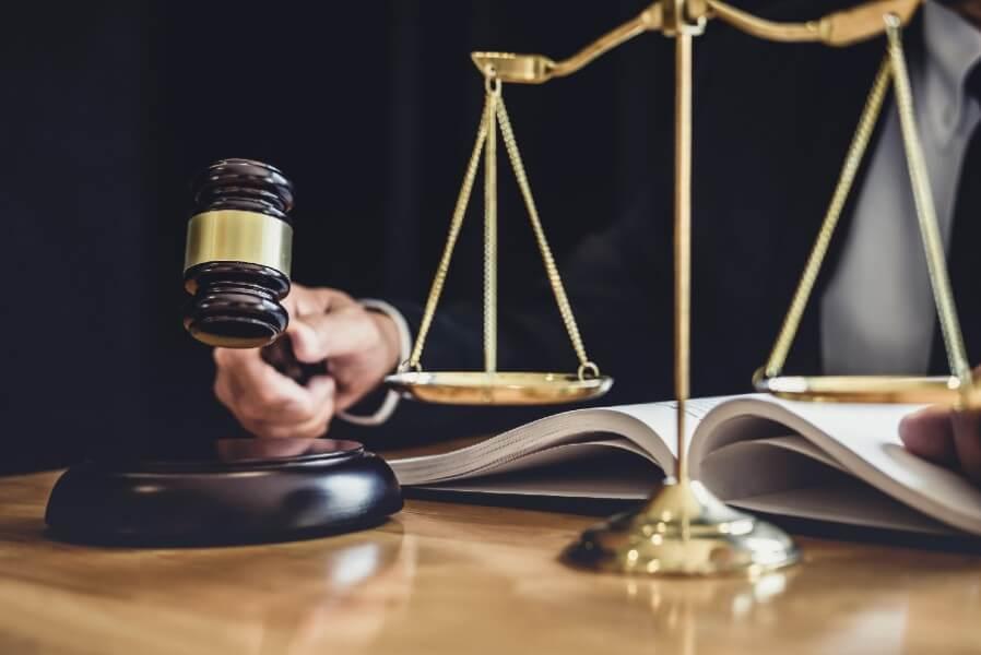 שמאות לבית משפט